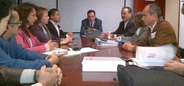 Cabildea Julián Ricalde en el Congreso recursos federales por 400 mdp para obras en Cancún
