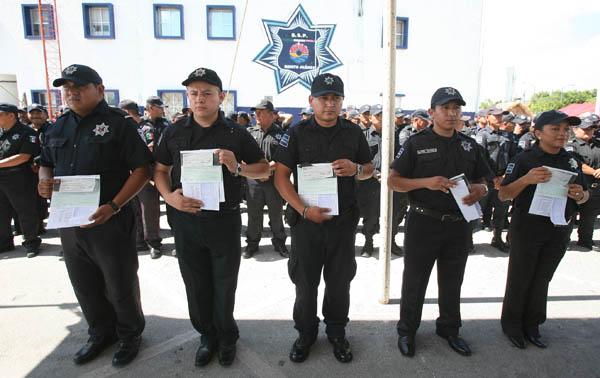 Invertirán 5 mdp para que policías concluyan sus estudios