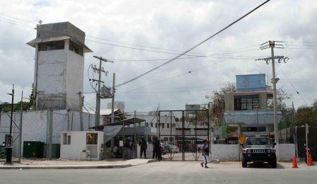 Ventilan cambio de mandos en la cárcel de Cancún tras enfrentamientos entre reos