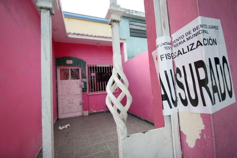 Seguir n operativos contra casas de citas en canc n - Casas de cita ...