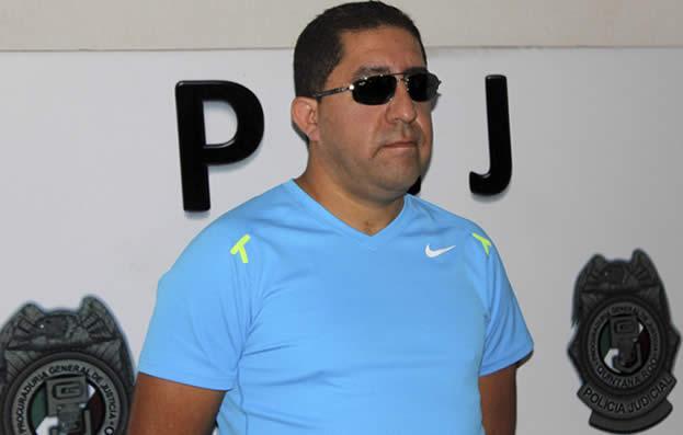 Cumplen segunda orden de aprehensión contra ex Tesorero Carlos Trigos