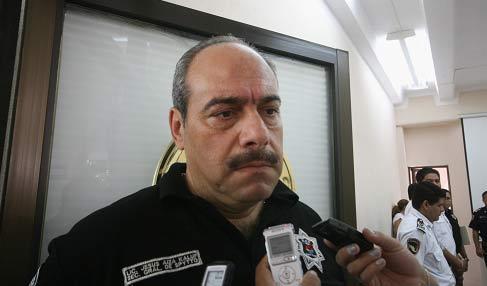 Tramita amparo Jesús Aíza Kaluf, jefe de la policía de Cancún, ventila diario