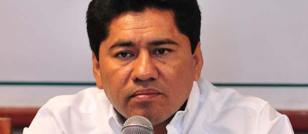 TIENE SOLIDARIDAD NUEVO ALCALDE: Renuncian Filiberto Martínez y el tesorero José Luis Toledo para buscar diputaciones; Rafael Kantún, presidente municipal suplente