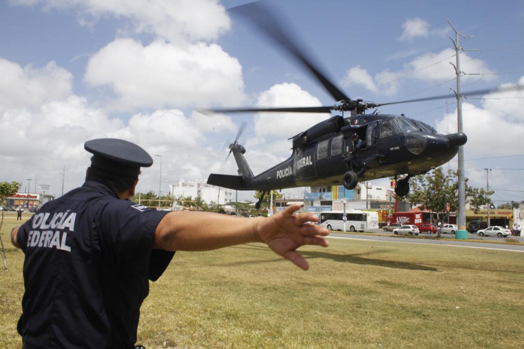 Black Hawks de la Policia Federal. - Página 7 0403pfp4