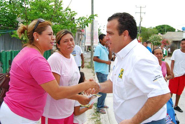 CAMPAÑAS: Propone Gerardo Mora pensión para adultos mayores y desayunos escolares para niños