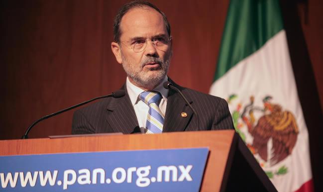 El Ieqroo (sic) le sigue haciendo la 'chamba' al PRI, acusa Gustavo Madero