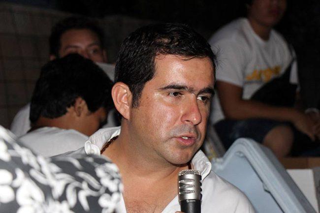 CAMPAÑAS: Suspendió Jorge Aguilar actividades para atender a ciudadanos afectados por lluvias