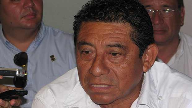 BURLA SEBASTIÁN A LA JUSTICIA: Escapa ex Alcalde de FCP del cerco policiaco en su domicilio y sigue prófugo por demanda de fraude