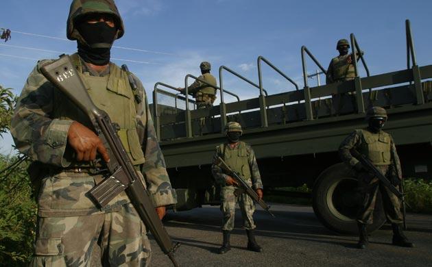 """LE DAN MÁS PODER AL… EJÉRCITO"""": Aprueban reforma y ahora militares podrán catear domicilios particulares y oficinas del gobierno"""