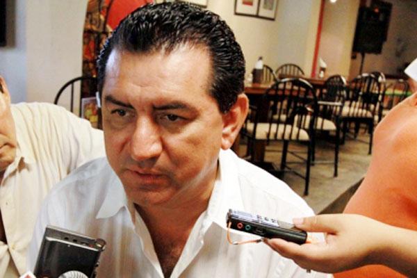 Mario Castro Basto, 3