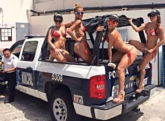 'CORRECTIVO DISCIPLINARIO' POR EL 'BIKINAZO': Dan 24 horas de arresto a policía por caso de las edecanes del 'Mandala' en patrulla de Cancún