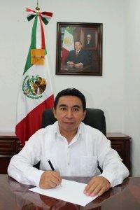 Luciano Simá, Alcalde de Lázaro Cárdenas.