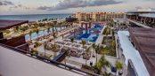 Vista del Hotel Royalton Riviera Cancún donde hoy sesionará el Congreso de Quintana Roo.